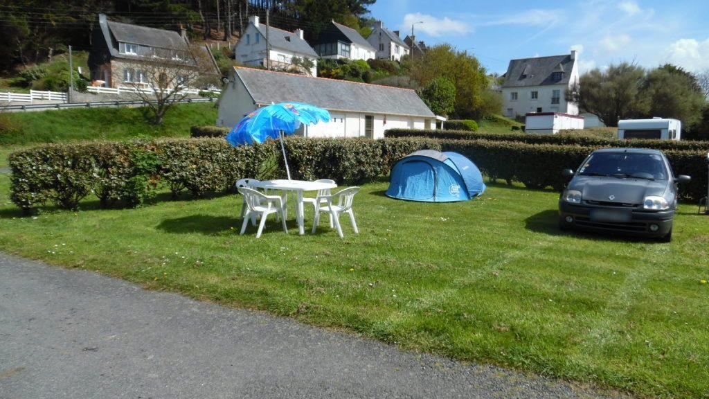 Emplacements de camping aux tarifs abordables à Locquemeau